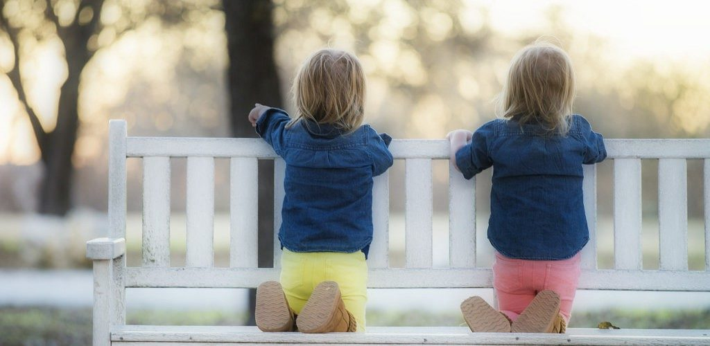 Twin parents are often bewildered in handling their twins. Read more to know about the innocent mistakes made by twin parents which can impact their twins!